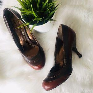 CHARLES BY CHARLES DAVID Brown Leather Pumps Heels